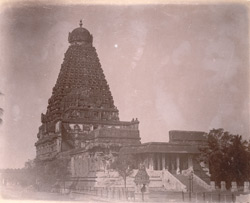 General view of main sanctuary and tower, with mandapa in foreground, of the Brihadishvara Temple, Thanjavur 10032435